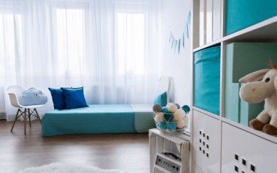 13 Simple Tips to Declutter Your Home (And Keep it That Way)